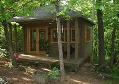 Located in Fayetteville, Arkansas, this x Sonoma style is a beautiful prefab home studio with double french doors allowing plenty of light and fresh air. Prefab Sheds, Prefab Cabins, Tiny Cabins, Prefab Homes, Studio Shed, Dream Studio, Building A Small House, Double French Doors, Little Houses