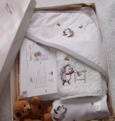Happy Hedgehog Bath Time Gift pack including; hood towel, baby body vest, face cloth and small teddy. www.tomandbella.co.za Hedgehog Bath, Happy Hedgehog, Baby Towel, Baby Body, Herschel Heritage Backpack, New Baby Gifts, Bath Time, New Baby Products, Vest