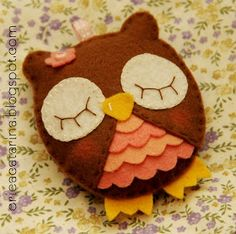 Felt  sleeping owl, so cute!
