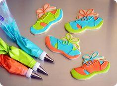 running shoe cookies tutorial ::: from bake at 350; I may never make these, but they sure are cute!