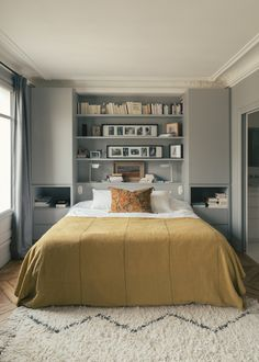 Find small master bedroom furniture ideas only on this page - Small Master Bedro., Find small master bedroom furniture ideas only on this page - Small Master Bedroom Ideas. Small Bedroom Storage, Small Master Bedroom, Small Bedroom Designs, Master Bedroom Design, Home Bedroom, Bedroom Decor, Bedroom Ideas, Master Suite, Wardrobe Small Bedroom