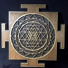 Sri Yantra (brown and gold black base) Black Gold Nails, Hindu Worship, Shri Yantra, Mural Art, Wall Art, Pooja Room Door Design, Sacred Geometry Tattoo, Yantra Tattoo, Feng Shui