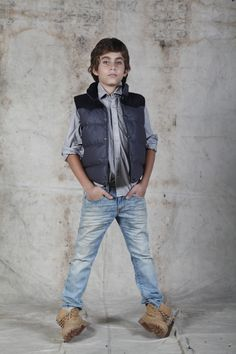 KIDS www.tennis.com.co Jeans, Kids Fashion, Style, Kid Styles, Going Out Clothes, Clothes Shops, Woman Clothing, Jackets, Shirts