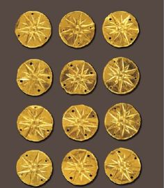 Small gold disks with the emplematic star of the Temenids from the royal burial plot (5th cent. BC)  AIGAI: THE ROYAL METROPOLIS OF THE MACEDONIANS, Ε-ΒΟΟΚ : HTTP://BIT.LY/1FAPEXX