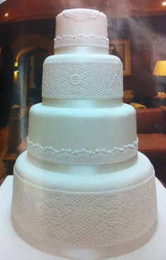 Lace work cakes on Pinterest Lace Wedding Cakes, Wedding ...
