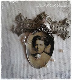 Altered Spoon - so lovely with the vintage photo - #altered #art #mixed #media #upcycled #repurposed #spoon #vintage #jewelry #photo #crafts - by Lost Bird Studio - tå√