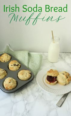 Guess what? We're turning traditional Irish Soda Bread into muffins! These Irish Soda Bread muffins are kid friendly and delicious! Everyone is Irish for St. Easy Irish Recipes, Baking Scones, Traditional Irish Soda Bread, Irish Breakfast, Breakfast Muffins, Breakfast Ideas, Breakfast Recipes, Irish Desserts, Muffin Bread