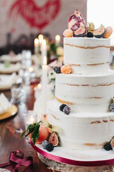 wedding cakes fruit new Ideas wedding winter cake fruit Cupcakes For Boys, Fun Cupcakes, Wedding Cupcakes, Wedding Cake Rustic, Rustic Cake, Cake Wedding, Bridal Luncheon, New Cake, Dream Cake