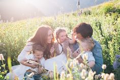 family photoshoot utah wild flowers family outfit ideas