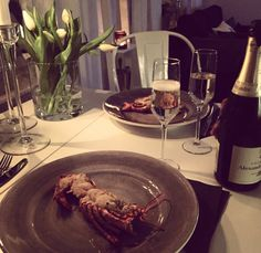 Dinner #Lobster#Champagne#Mateus