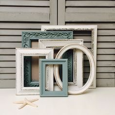 Diy Interior, Interior Decorating, Gallery Wall Frame Set, White Frames, Antique Frames, 10 Frame, Entryway Ideas, Beach House Decor, Home Decor