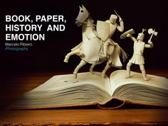 """Board """"Book, paper, history and emotion"""" (and cover photo), of the advertising photographer Marcelo Ribeiro."""