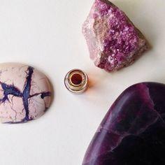 Coven • natural perfume. fougere incense. geranium, clary sage, vetiver, sandalwood, lavender, oakmoss, tonka, patchouli, benzoin, osmanthus by WildVeil on Etsy