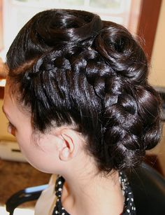 Crimped loose cornrow into vintage updo. Kenra 25 hairspray all the way! Its the best to get pincurls and victory rolls without the hair getting too wet and completely sticking to your fingers.