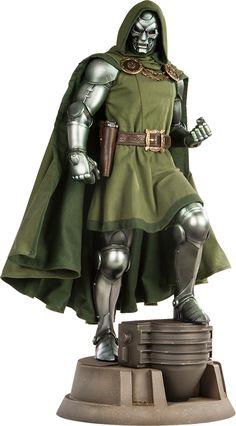 Pre-Order Sideshow Marvel Doctor Doom Premium Format Figure