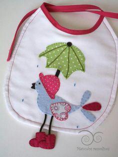 Bird under umbrella bib