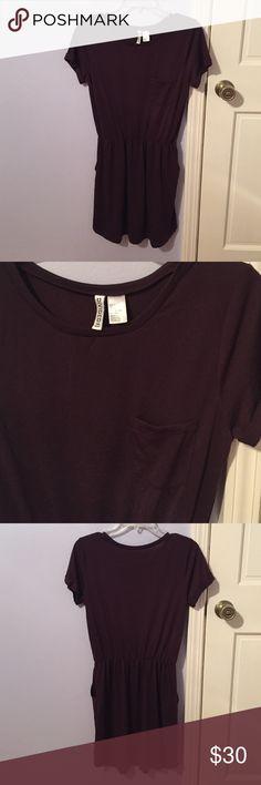 Divided H&M Basic | plum t-shirt dress • NWOT • Divided H&M Basic •purple t-shirt dress •  elastic waist band • breast pocket • has pockets!!!! • slightly oversized fit • NO TRADES H&M Dresses