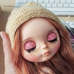Buenos días bonita, es hora de despertar ⏰ ____________________ #Sonydolls #blythedoll #custombysony #customblythe #blythe #dollphotography #dolls #muñeca #poupée #goodmorning #babyface #sleepy #handmade #wip #mexico #usa #redhead #redhair #freckles #friday #vivamexico #15septiembre #pink #blythestagram #dollstagram #toystagram #dollmaker #dollcollector #dollartist #ilovemyjob