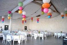 decoration salle lampions mariage couleurs