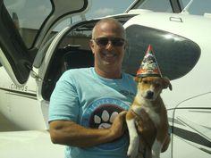 Volunteer pilot, Jeff Bennett, rescues his 1000th dog!