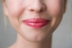 Tinted Lip Balm Makes Winter Tolerable: Benefit Benebalm