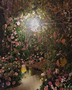 Such an absolutely stunning and enchanting floral installation by at at this evening! Deco Floral, Arte Floral, Floral Design, Floral Wedding, Wedding Flowers, Flower Installation, Parts Of A Plant, Cool Plants, Flower Wall