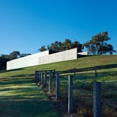Winery in the Yarra Valley, Australia by Melbourne studio Folk Architects that is partly embedded into the side of a hill. Caves, Amazing Architecture, Architecture Design, Internal Courtyard, Yarra Valley, Industrial Architecture, Education Architecture, Country Farm, Outdoor Landscaping