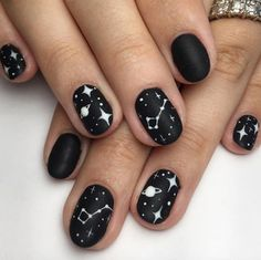Pretty Polished: How to Master Astrology-Inspired Nail Art - Nail art designs Winter Nail Art, Winter Nails, Cute Nails, My Nails, Star Nail Art, How To Nail Art, Space Nails, Short Nails Art, Pretty Short Nails
