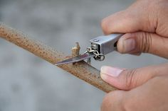 How to Make a Bow and Arrow: 9 steps (with pictures)