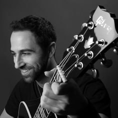 Nov 15 Shout outs to @MSKPhotography & @gibsonguitar for making me look & sound good in 2016! (Hopefully! ; ) )  #closeup #artsy #MusicianLife