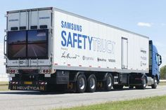 Samsung Safety Truck leverages two built-in front cameras and a specially designed Ingematica transportation software platform to capture and transmit a picture of the road ahead. Samsung Unveils the First Samsung Safety Truck: To Prevent Road Accidents in Overtaking Situations on Roads in Argentina