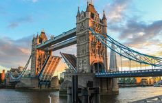 A London Tourist Guide. You Don't Need A Travel Agent To Pick A Great London Hotel. Read on to find out how to find an affordable place London Eye, London City, London 2016, London Food, Trafalgar Square, Hyde Park, Piccadilly Circus, Tower Bridge London, Tower Of London