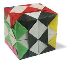 origami Check Cube