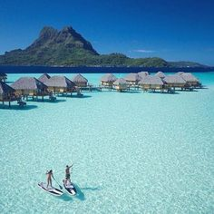 Hotels-live.com/pages/comparateur-hotels.html - Bora Bora French Polynesia photo by @timmckenna by awesomedreamplaces https://instagram.com/p/9B3lmElNhi/