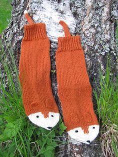 Hand made by Aino P.: Onko kettu uusi pöllö? Fingerless Gloves, Arm Warmers, Winter, Fingerless Mitts, Winter Time, Fingerless Mittens, Winter Fashion