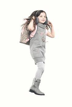 50e0dcdad379d Gucci 2012 Roupinhas Para Menina, Moda De Crianças, Roupas Para Crianças,  Estilo Infantil