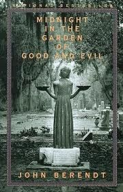 Midnight in the Garden of Good and Evil: A Savannah Story/John Berendt. I enjoyed the movie and the book, especially after spending some time in Savannah. Books And Tea, I Love Books, Great Books, My Books, Music Books, Amazing Books, Bonaventure Cemetery, Ga In, Book Covers