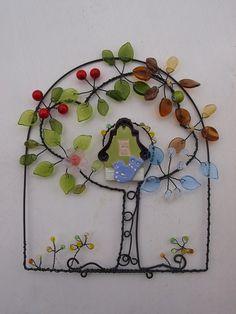 Rok na stromě v ptačí budce :-)