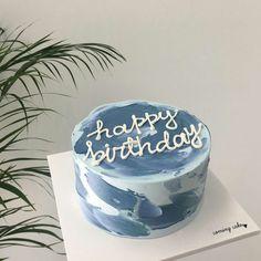 Pretty Birthday Cakes, Pretty Cakes, Beautiful Cakes, Amazing Cakes, Birthday Cake Designs, 17 Birthday Cake, Elegant Birthday Cakes, Happy Birthday, 19th Birthday