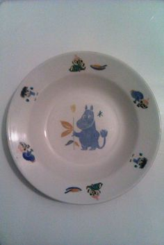 Moomin plate by Arabia from the childhood. Still have it in my treasures.