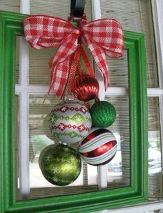 Christmas Frame Decorating