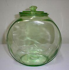 DEPRESSION GLASS LARGE  GREEN FISH BOWL