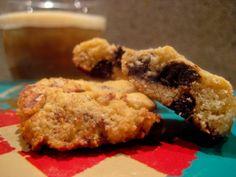 Cookies med nødder og chokolade - men uden sukker og gluten...    OBS dette er IKKE slankemad, men hvis man skal nyde en kage under sin kur, er kagen her et ganske fornuftigt valg.