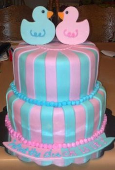 Gender reveal cake with baby ducks