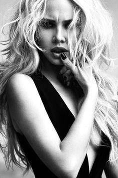 by Richard Miles Pretty Blonde Hair, Dark Blonde Hair Color, Pretty Hair Color, Golden Blonde Hair, Teal Hair, Dark Hair, Richard Miles, Color Correction Hair, Strawberry Blonde Hair