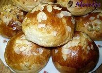 Sladké kynuté bochánky s majonézou Nutella, Baked Potato, Hamburger, Potatoes, Treats, Baking, Ethnic Recipes, Sweet, Food