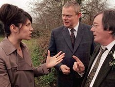 DOC MARTIN  Series 1 Episode 1----  I wish they'd bring Roger Fenn back---he was a good friend and confidant to Martin---and I'd like to see more of that relationship. BUT----- Doc was much kinder, gentler, more sociable and open in the first series than he has been from the 2nd season on.