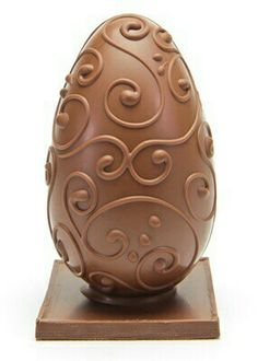 Milk Filigree Egg with Sea Salt Pralines @ Lick The Spoon I Love Chocolate, Chocolate Shop, Easter Chocolate, Chocolate Gifts, Chocolate Lovers, White Chocolate, Chocolates, Egg Cake, Easter Egg Designs
