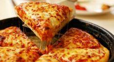 i love food. i love pizza. im hungry. Love Pizza, Eat Pizza, Pizza Food, Pizza Hut, Pizza Life, Pizza Cheese, Perfect Pizza, Cheese Food, Food Porn
