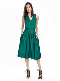 Women's Apparel: timeless styles: up to 40% off | Banana Republic